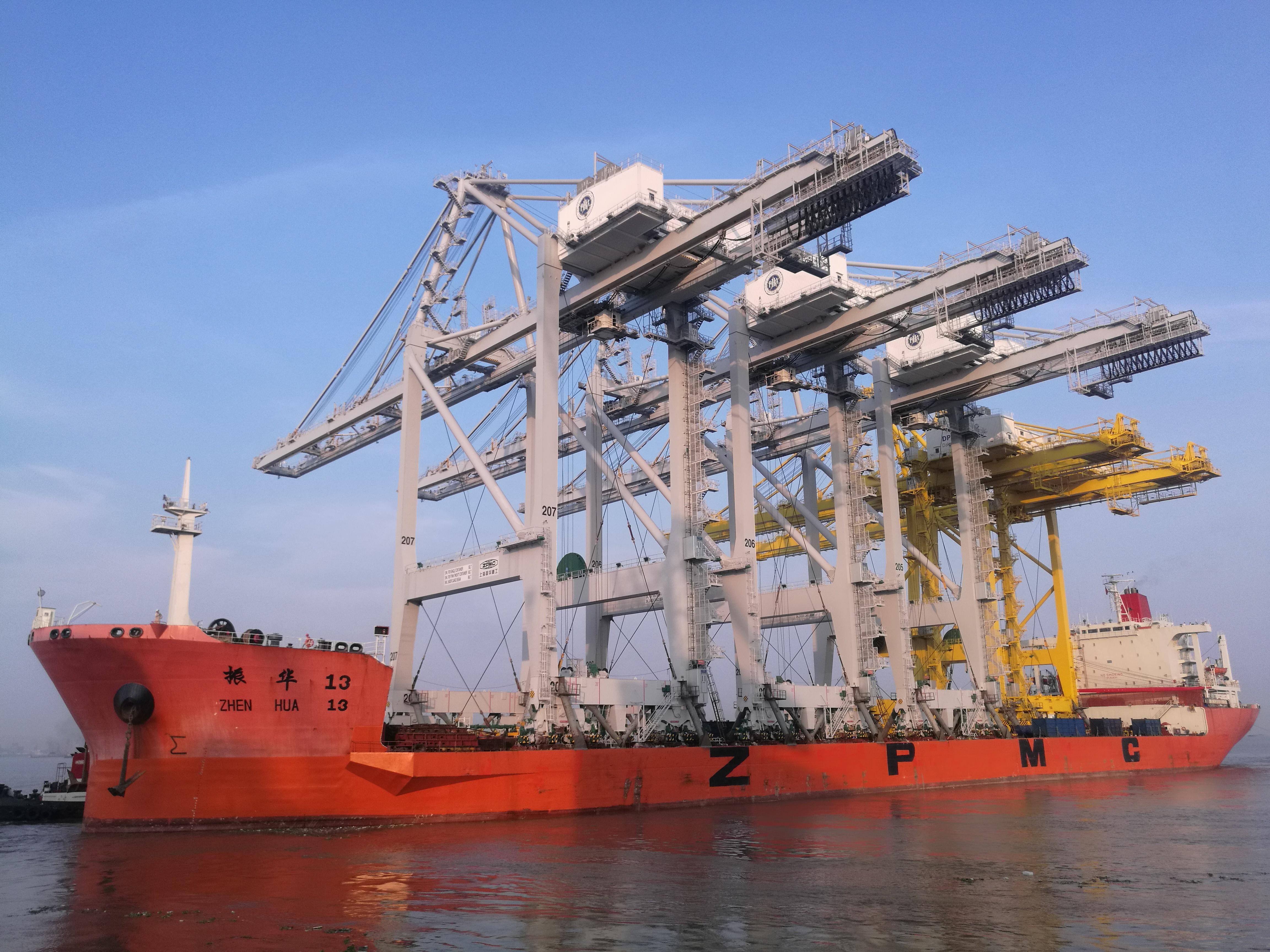 BCT cranes-1.jpg